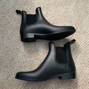 Ankle/ Chelsea Rainboots